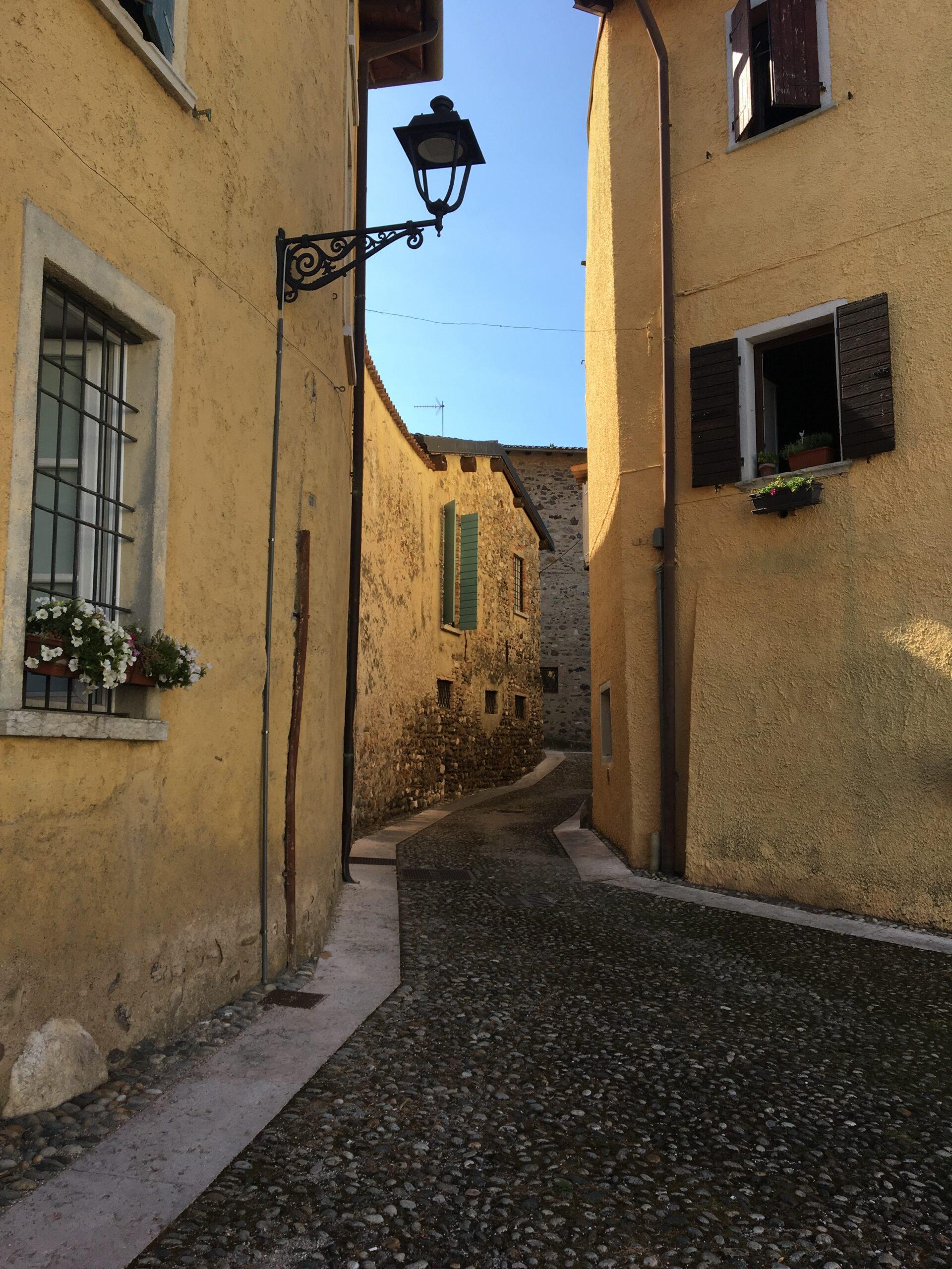 atmosfera italiana in San Felice del benaco