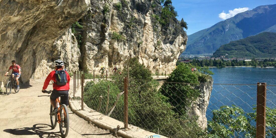 Sunser Lake Garda SIrmione