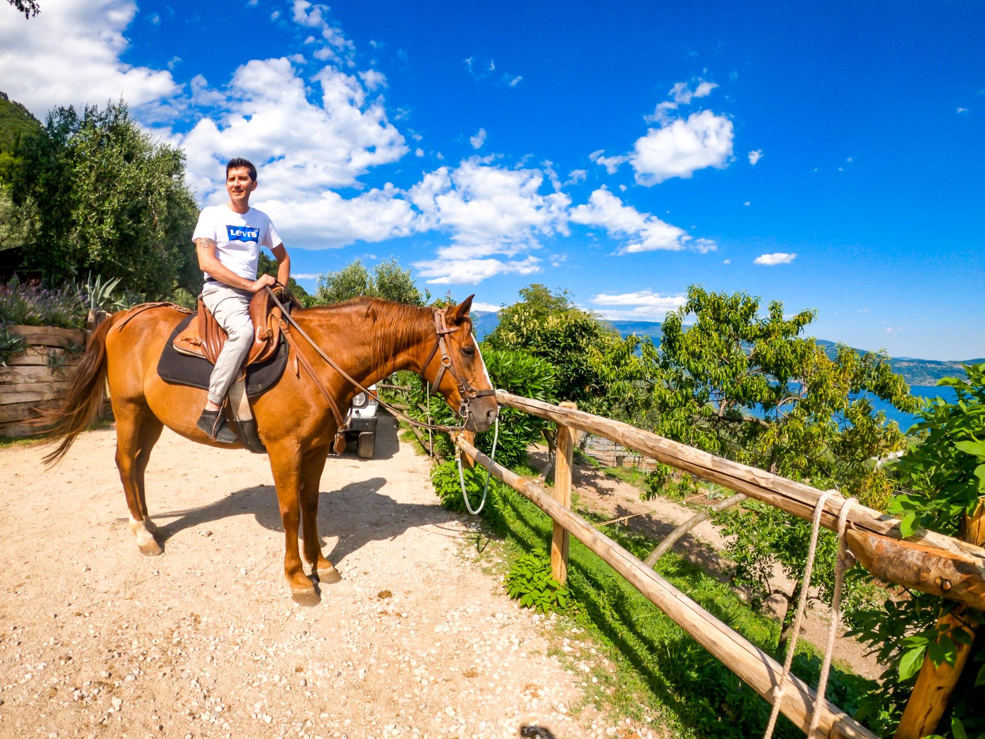 Scuderia Castello - Tour a cavallo 2020