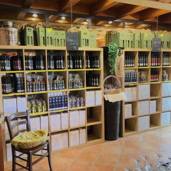 Degustazione Olio del Garda nella Valle degli Ulivi