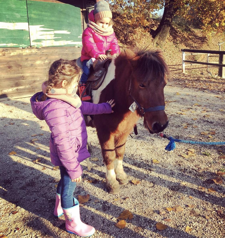 passeggiata in pony - bambini